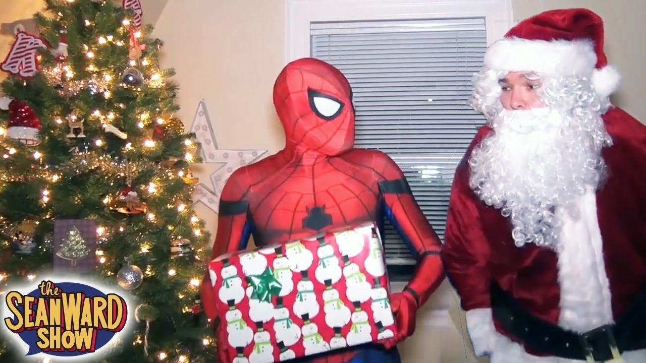 Merry Christmas Batman Meme.Spider Man Vs Christmas Deadpool Batman Epic Compilation