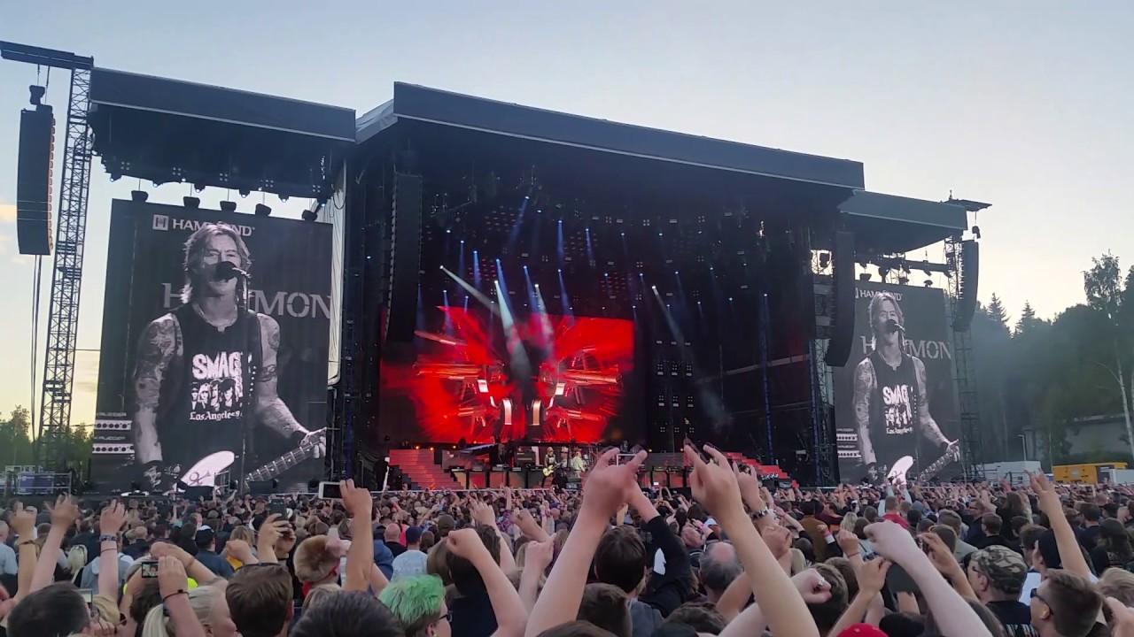 Guns N' Roses - Live and let die (Live @ Hämeenlinna) - YouTube