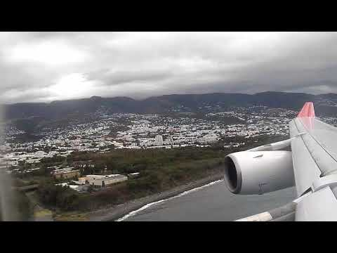 Landing at Roland Garros Airport, Reunion island [Saint-Denis]