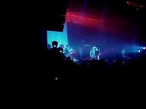 Daughtry - Josh Steely sings Crazy Train