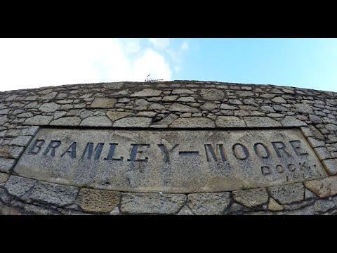 Everton exchange contracts on Bramley Moore Dock