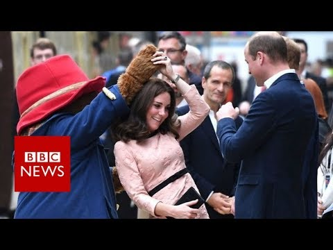 Duchess of Cambridge joins Paddington for a dance - BBC News