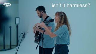 Смотреть клип Hollyn - Isn't It Harmless?