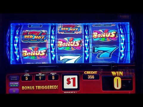 Triple Red Hot Sevens Slot Machine  DOUBLE BONUS Game Max Bet