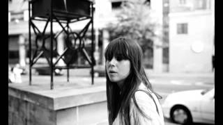 Cat Power - Dead Leaves And The Dirty Ground (The White Stripes Cover)