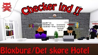 Checking in at the Crazy Hotel-Bloxburg-Dansk Roblox