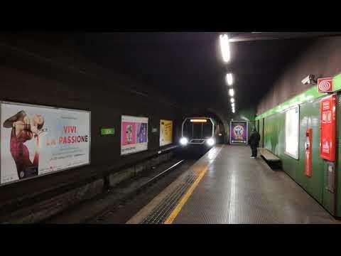 Milan Subway Line 2 - Metropolitana di Milano Linea 2 - Verde. Leonardo Train