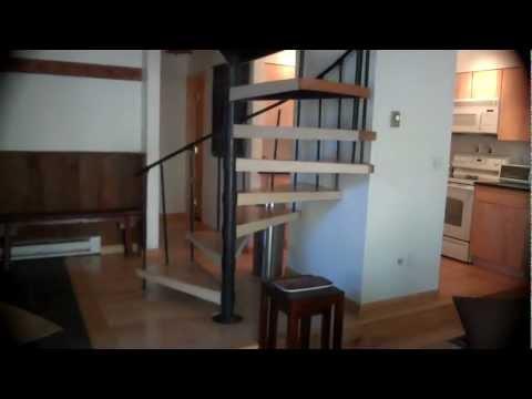 3115 Bellflower Duplex 3 Bedroom loft 3 Bath - Unbranded