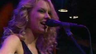 "Taylor Swift ""Teardrops On My Guitar"" - NAMM 2008 with Taylor Guitars"