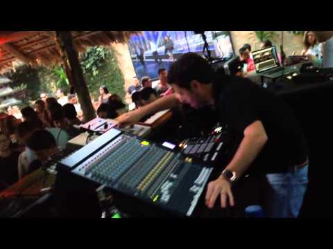 Gui Boratto presents Machines - Warung Beach Club