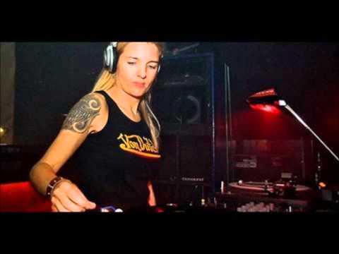 Miss Djax live @ Matrix  01.04.2000
