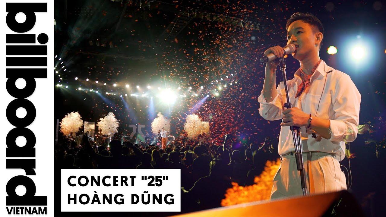 """Hoàng Dũng cùng hàng nghìn khán giả hòa vang ca khúc """"Nàng Thơ"""" trong concert """"25"""""""