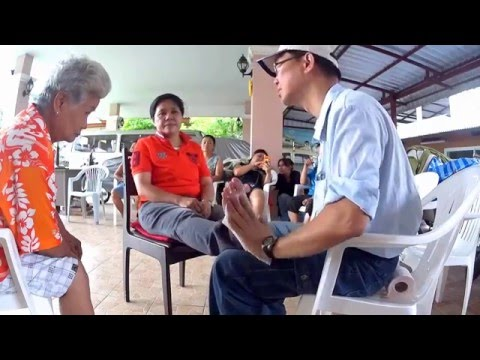 Amazing tourist instantly heals all kinds of pain with special Thai Massage!