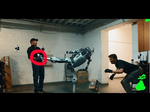 РОБОТ ПСИХАНУЛ И УЕБАЛ ПОЦА| ОЗВУЧКА РОБОТОВ BOSTON DYNAMICS