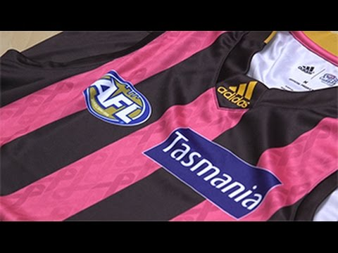 Hawks to wear pink guernsey