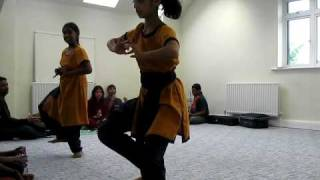 Bharatanatyam Dance classes /  lesson  in Harrow London ( indian classical dance )