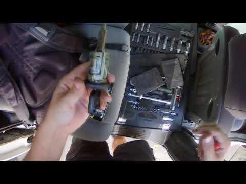 Замена личинки дверного замка Ford Transit Connect/ Tourneo