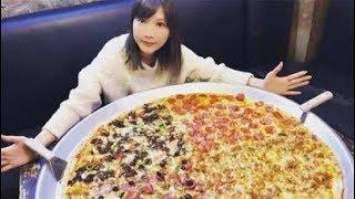 大胃王挑战82寸披萨, 镜头拉近后穿帮了