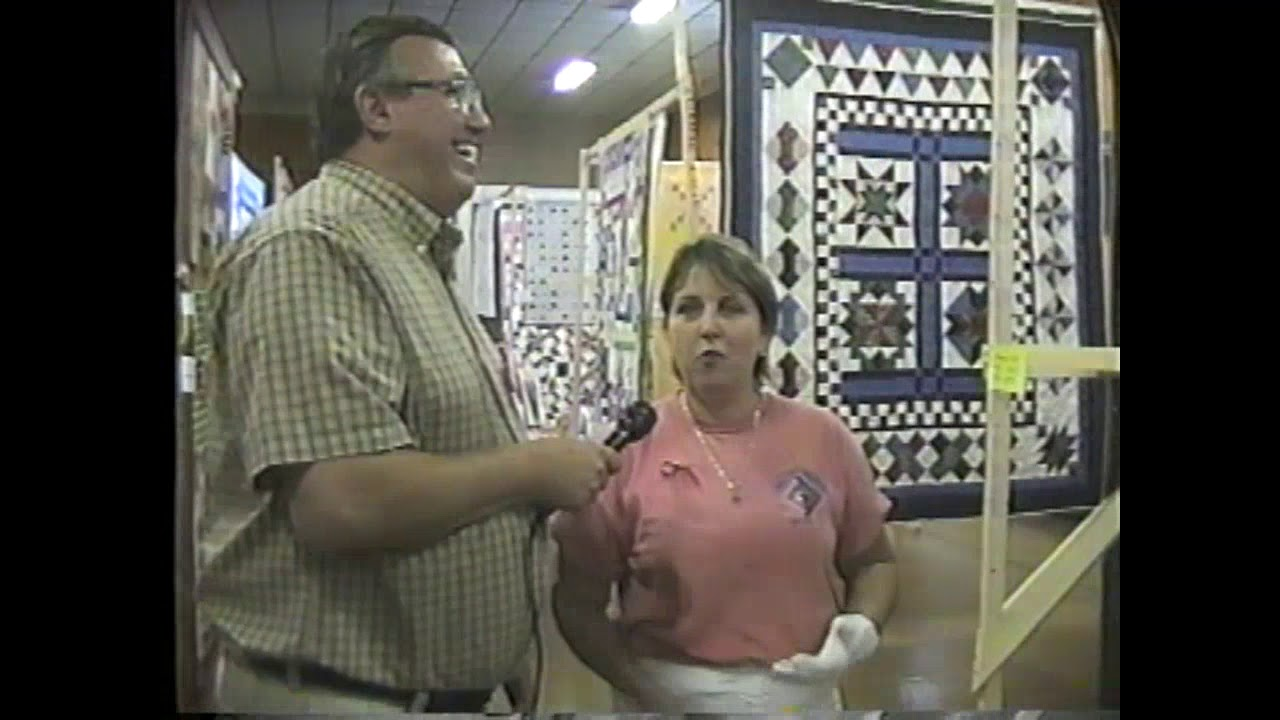 Log Cabin Quilt Show  8-28-04