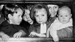 A Family in Wartime: Evacuation
