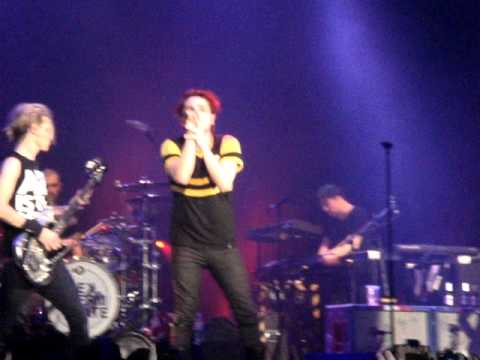 My Chemical Romance - Bulletproof Heart -  Trent FM Arena Nottingham - 19th Feb 2011