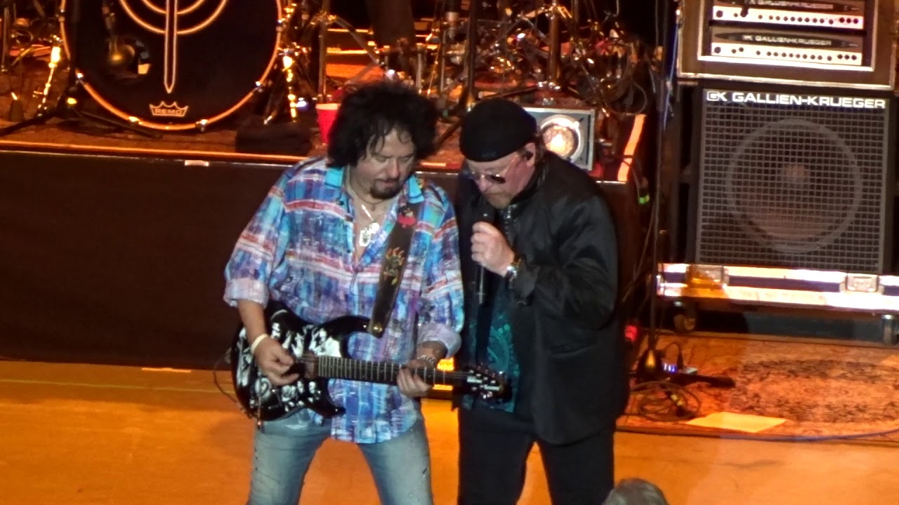 Toto - Africa - live - Greek Theatre - Los Angeles CA - August 27 ...