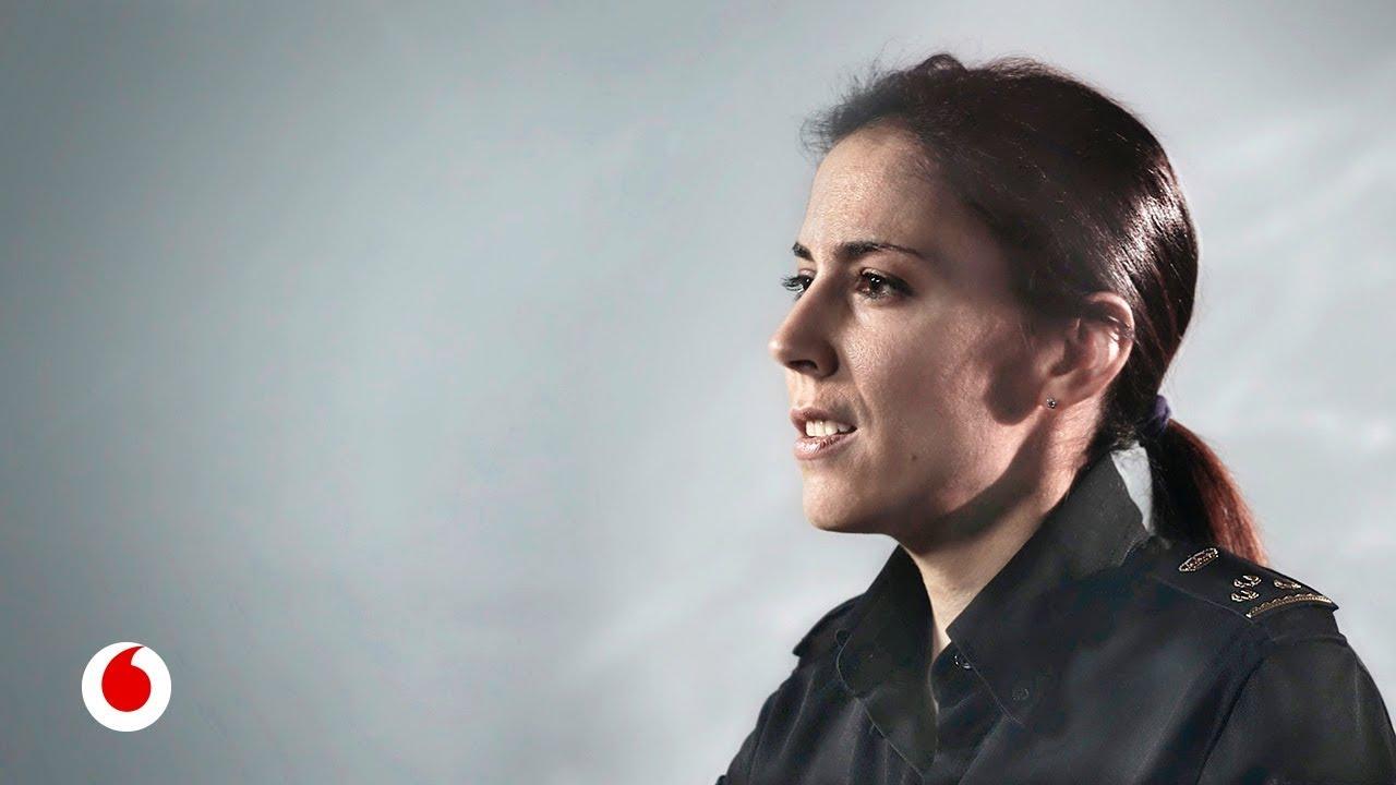 ¿Cómo vigila la policía los delitos en internet? Silvia Barrera, de la UIT de @policia, responde