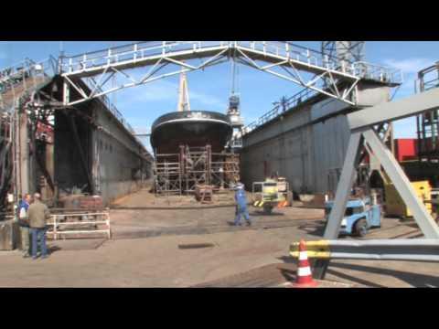 2009 Dokbeurt ELBE  (Drydocking): METAMORFOSE !!