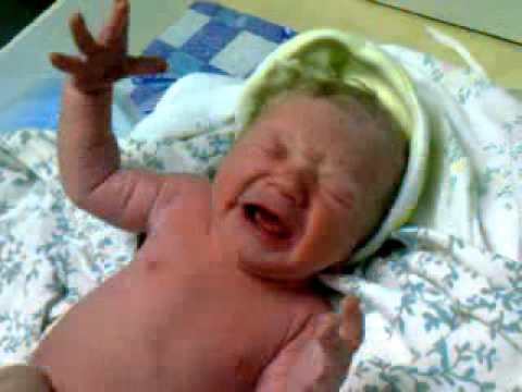 доченька только родилась