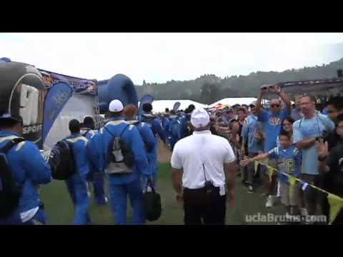UCLA Gameday: The Bruin Walk
