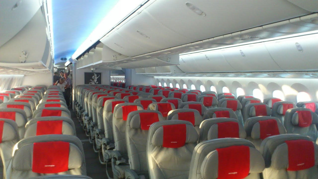 Small Bathroom Layout Norwegian Air Shuttle 787 Dreamliner Experience Osl