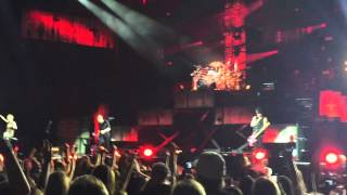 Kiss Me Kiss Me - 5 Seconds of Summer (9-4-15) ROWYSO