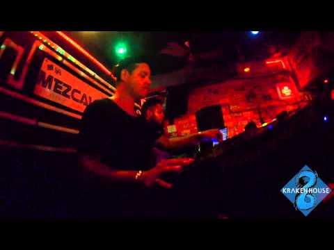 Download Kraken House (Alejandro Marquez, Johnny Leal, Omar Tapia) @ La Mezcalina, Playa del Carmen
