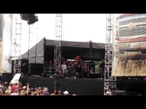 "Wynonna -"" I Saw the Light"" at 2014 CMA FEST"