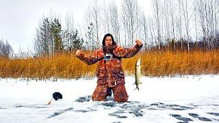 ЛЕСКА ТРЕЩИТ В ПАЛЬЦАХ ОТ ЖАДНЫХ ЩУК Рыбалка на жерлицы с другом Зимняя рыбалка 2020