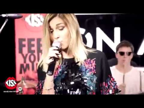 Alina Eremia - A fost o nebunie ( Kiss FM Live )