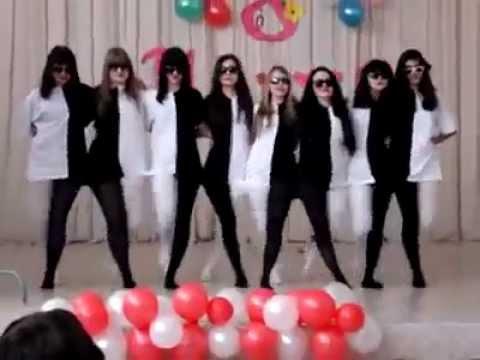 Танец на 8 Марта:)