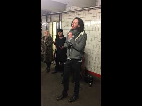 Hozier - Movement (Pop-Up Show in NYC Subway) Mp3