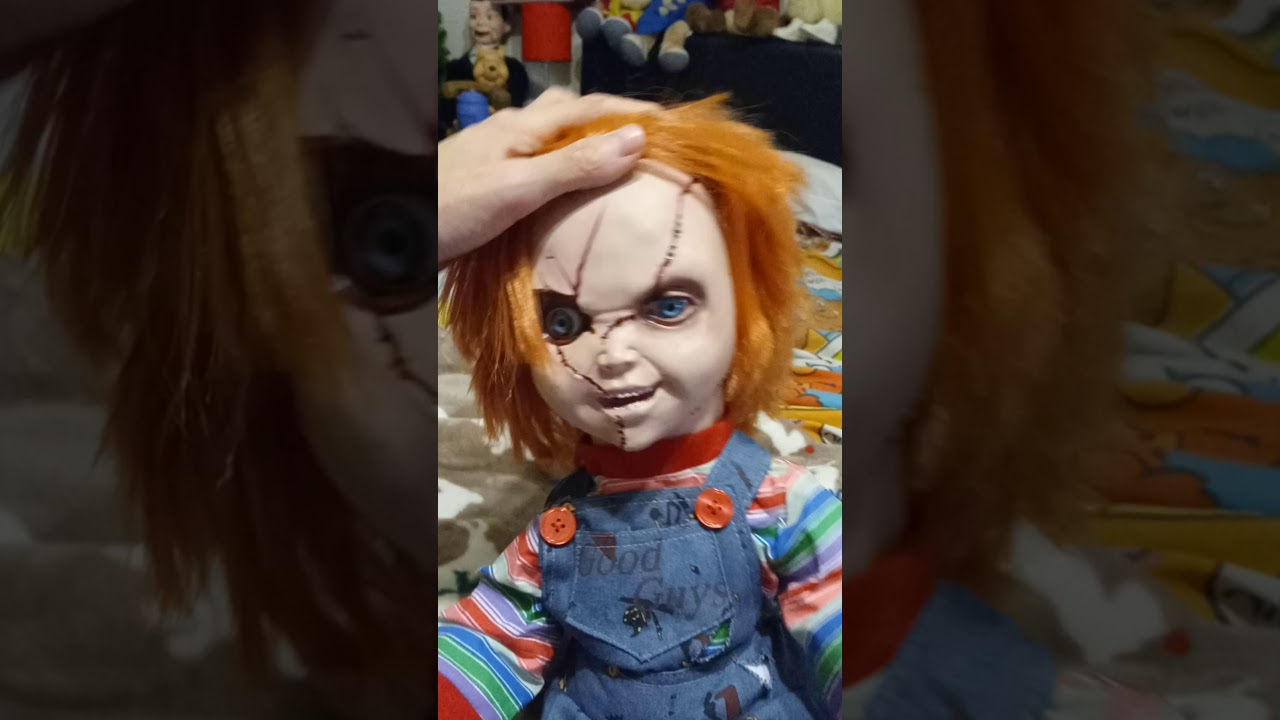 Spencers Spirit Halloween Animated Talking Chucky Doll
