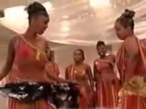 Full Version Niiko - Somali Girls Hot, Aroos - YouTube.flv thumbnail