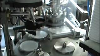 Запайка ведра пленкой на карусельном станке, печать даты изготовления(Машиностроительный завод