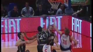 22才のブラジルの天才バスケ選手 Tiago Splitter at 22 year old