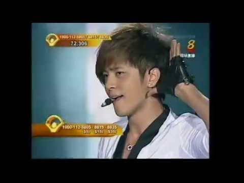Show Lo  - 'Hot Shot' + 'High-toned love' (2009) - LIVE