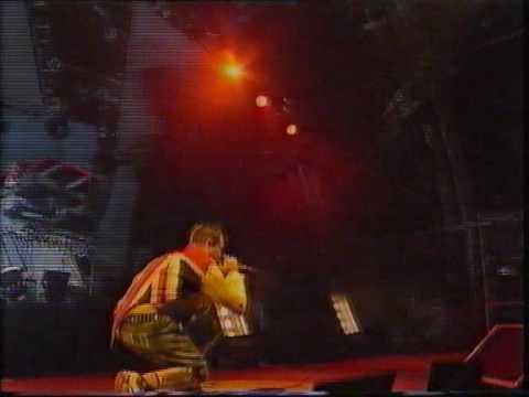 Prodigy  Firestarter  Glastonbury 1997