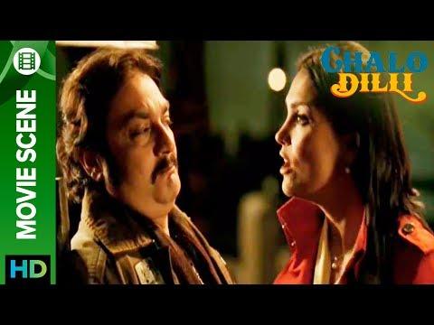 Lara Dutta insults Vinay Pathak  Chalo Dilli