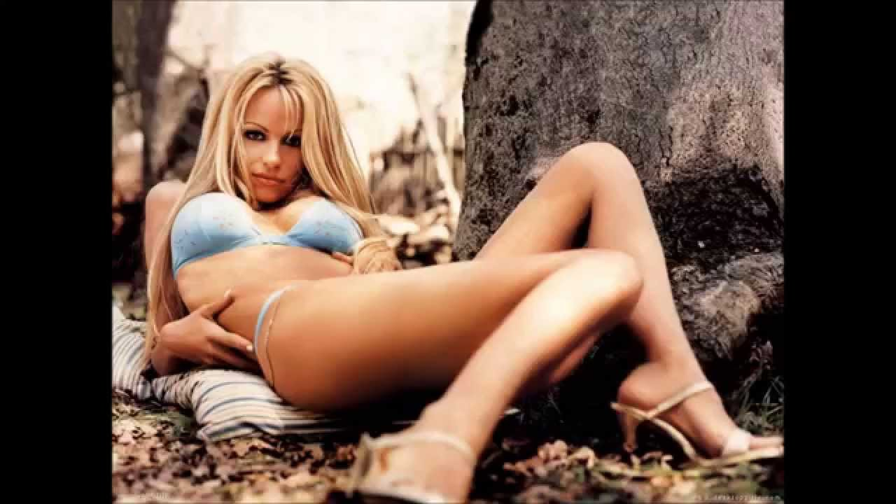 Pamela Anderson and Tommy Lee Hello Again - YouTube