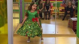 Мелисса Абрамова песня Елочка елка лесной аромат