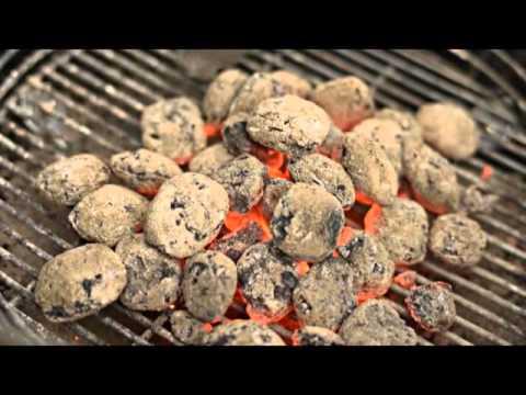 Weber Holzkohlegrill Anfeuern : Holzkohle grill anfeuern youtube