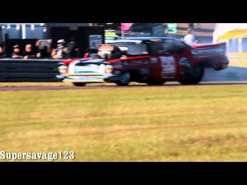 V8 supercars darwin demo burnouts