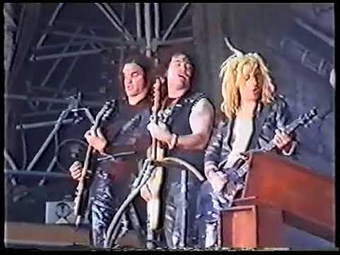 Alice Cooper live at Sweden Rock 2000